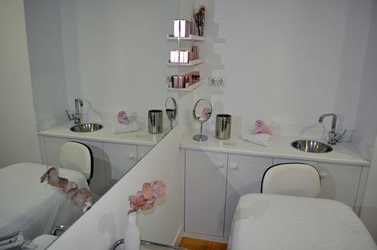 Est tica alba for Cabinas de estetica decoracion
